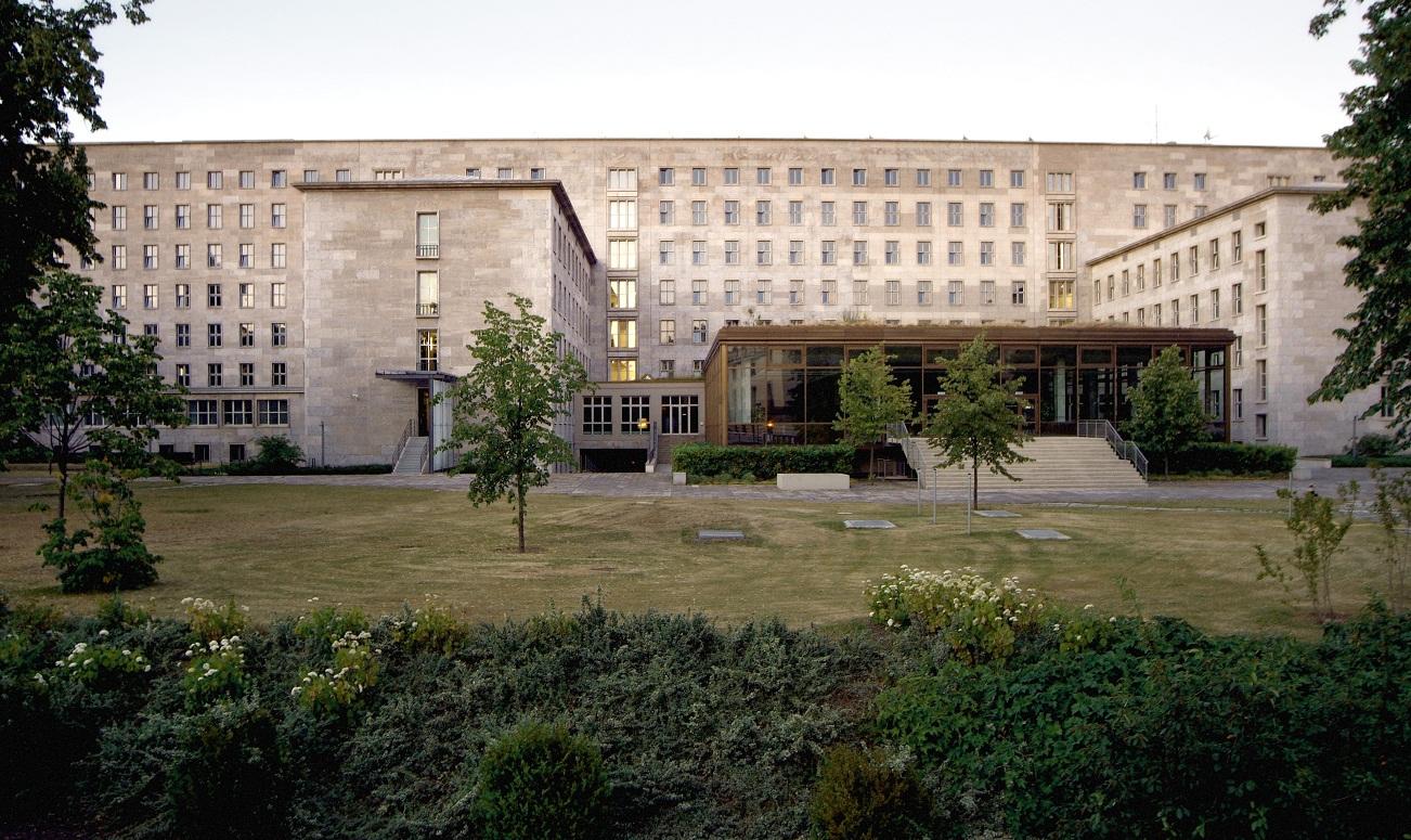 Das Detlev-Rohwedder-Haus in Berlin, Dienstsitz des BMF (Architekt Ernst Sagebiel). Foto: BMF/Hendel