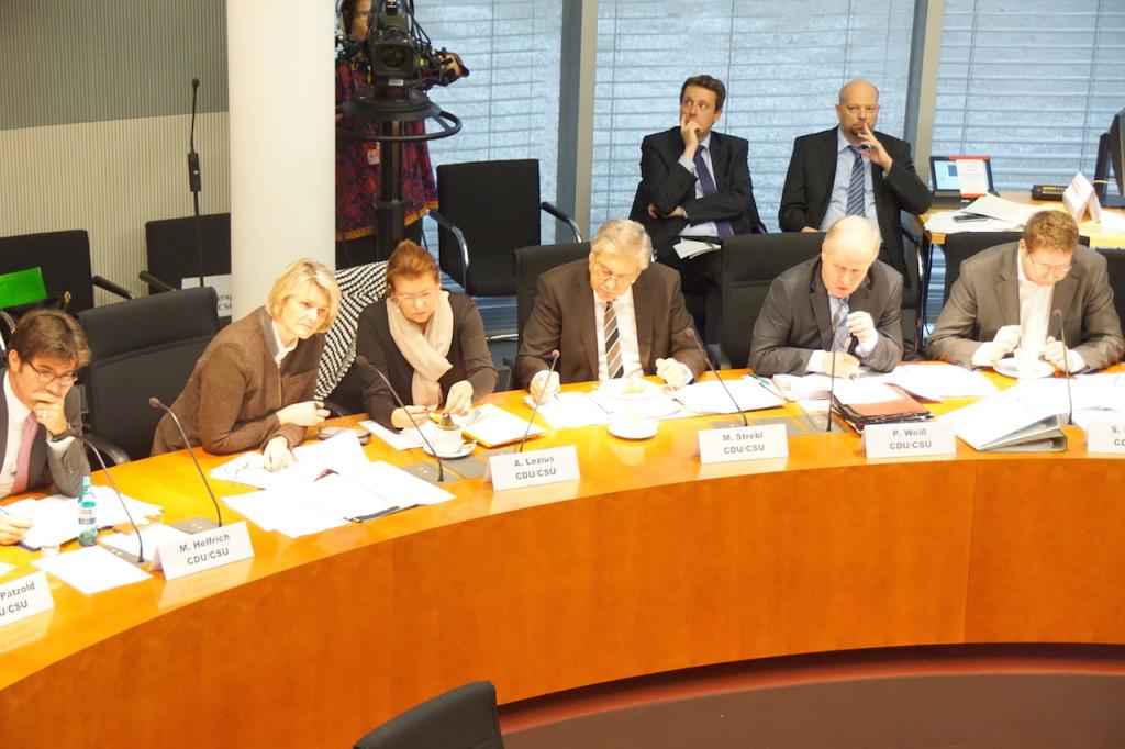 ...hier Abgeordnete der CDU/CSU. Foto: Bruess