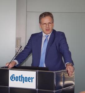 Marco Arteaga (DLA Piper) auf der Fruehjahrstagung des VVB-Fachkreises bAV am 22. April 2016 in Koeln. Foto: Eberhardt Froitzheim.