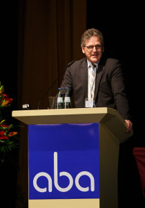 Marco Arteaga auf der aba-Jahrestagung am 25. April 2016 in Berlin. Foto: Sandra Wildemann.