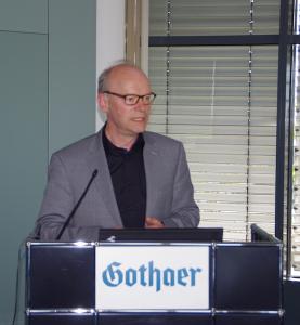 Ralf Kapschack (MdB SPD) auf der Fruehjahrstagung des VVB-Fachkreises bAV am 22. April 2016 in Koeln. Foto: Eberhardt Froitzheim.