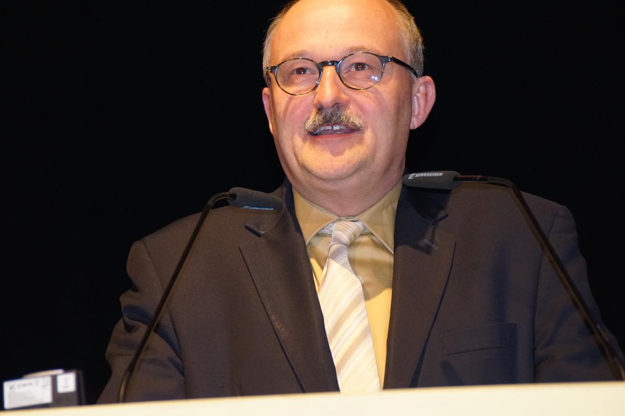 Michael Meister, parl. StS im BMF, auf der aba-Jahrestagung am 25. April 2016 in Berlin. Foto: Bruess.