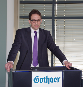 Florian Swyter (BDA) auf der Fruehjahrstagung des VVB-Fachkreises bAV am 22. April 2016 in Koeln. Foto: Eberhardt Froitzheim.