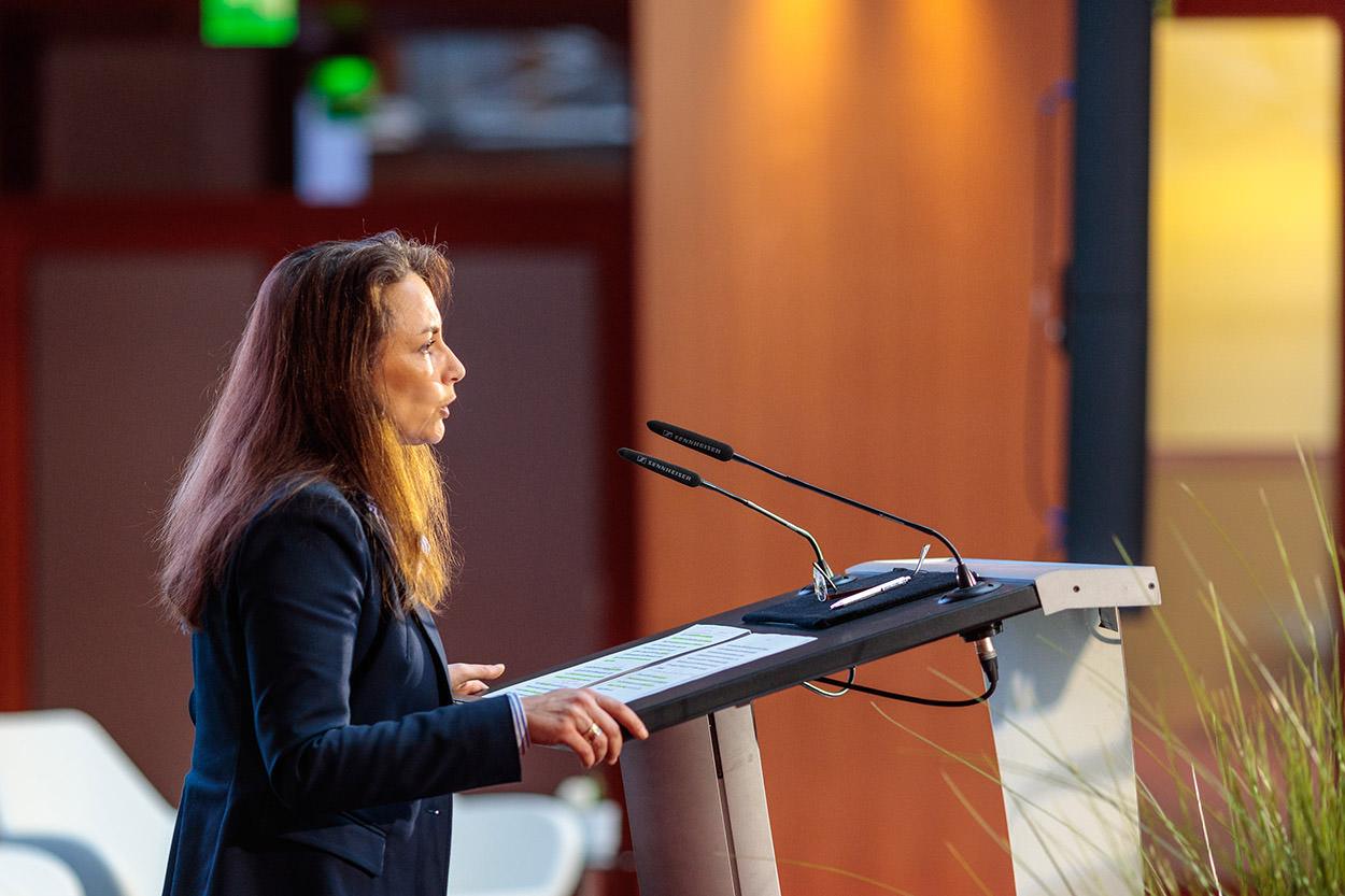 Yasmin Fahimi auf der Sozialpartnertagung der Chemie-Tarifpartner am 1. Februar 2017 in Berlin. Foto: Reinhardt & Sommer.