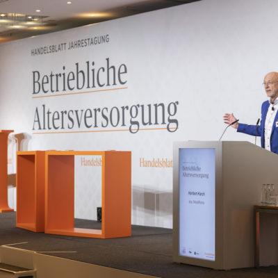 Heribert-Karch-Metallrente-Vortrag-HB-bAV-Tagung-19-Foto-Dietmar-Gust-Euroforum